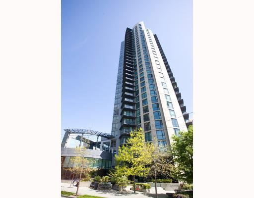 """Main Photo: 1807 501 PACIFIC Street in Vancouver: Downtown VW Condo for sale in """"THE 501"""" (Vancouver West)  : MLS®# V807424"""