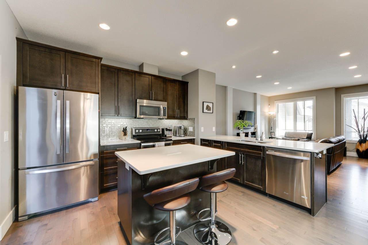 Main Photo: 3238 ALLAN Way in Edmonton: Zone 56 Attached Home for sale : MLS®# E4190804