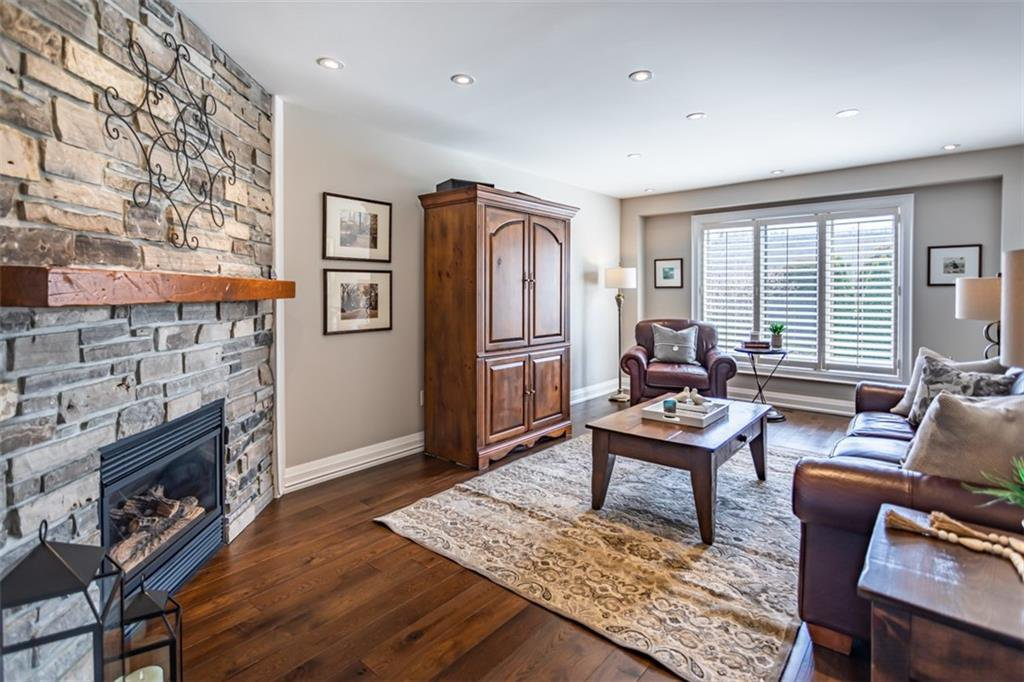 Photo 14: Photos: 52 TUSCANI Drive in Stoney Creek: Residential for sale : MLS®# H4076903