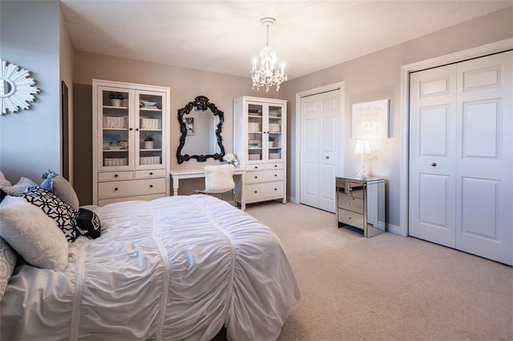 Photo 23: Photos: 52 TUSCANI Drive in Stoney Creek: Residential for sale : MLS®# H4076903