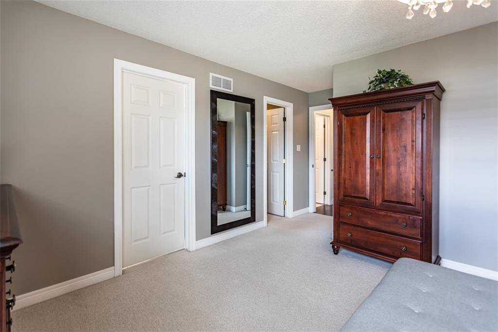Photo 21: Photos: 52 TUSCANI Drive in Stoney Creek: Residential for sale : MLS®# H4076903