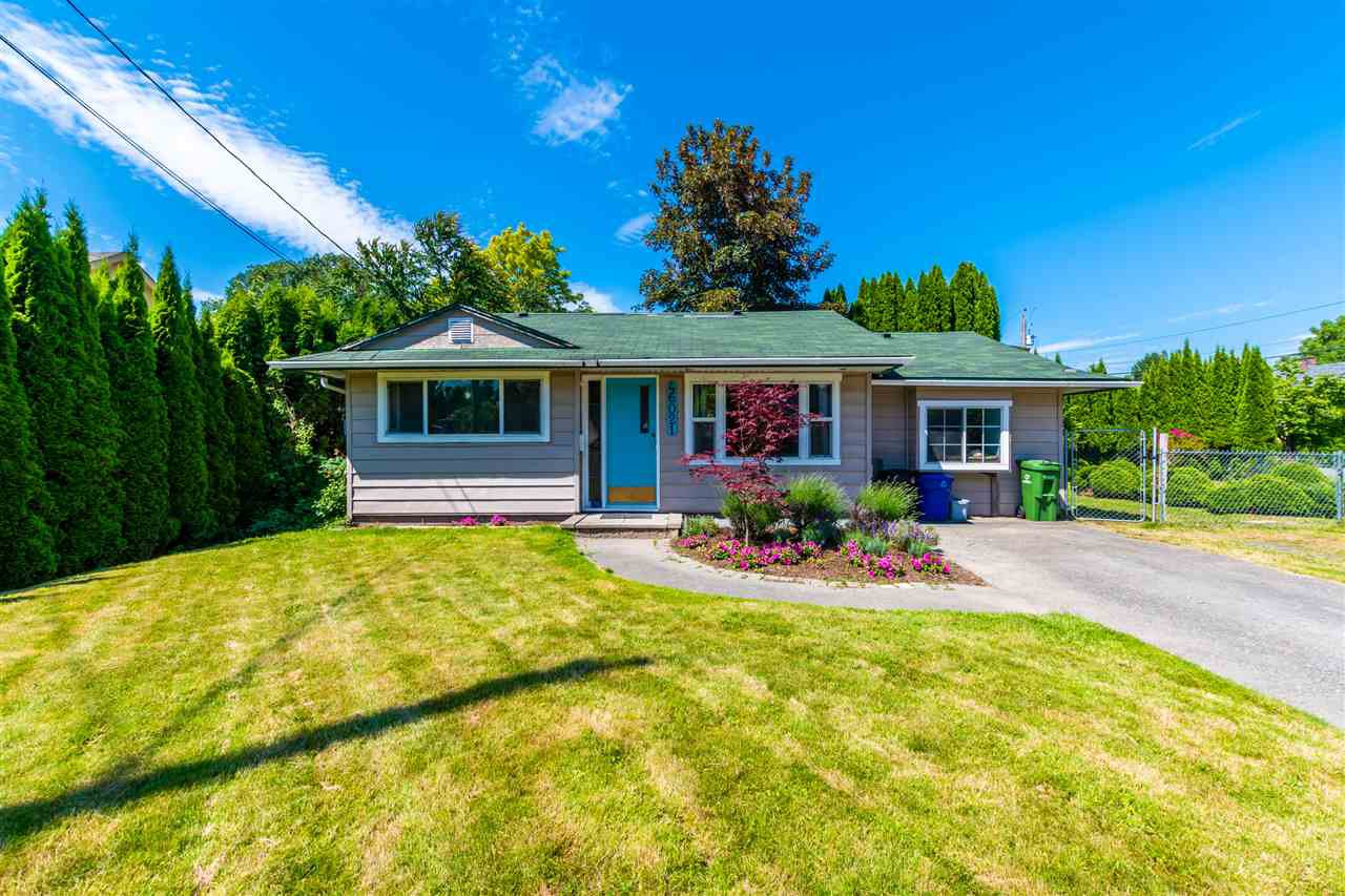 Main Photo: 46021 BONNY Avenue in Chilliwack: Chilliwack N Yale-Well House for sale : MLS®# R2470836