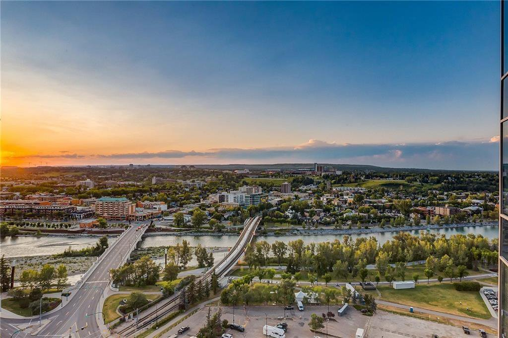 Main Photo: 2601 910 5 Avenue SW in Calgary: Downtown Commercial Core Apartment for sale : MLS®# A1013107