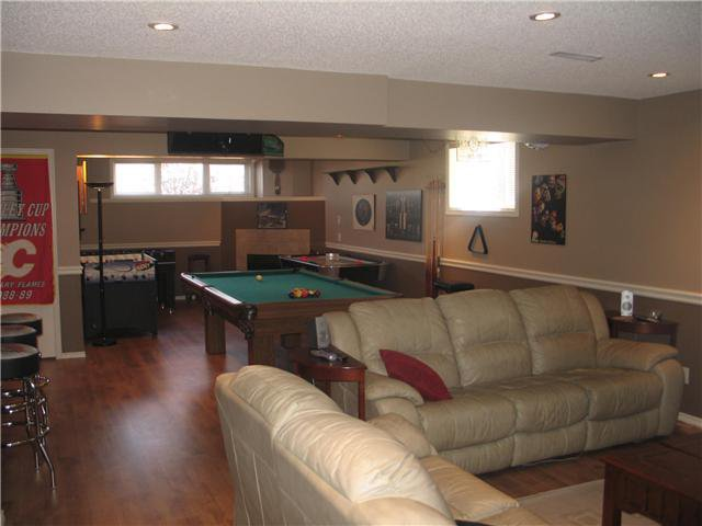 Photo 9: Photos: 15 INVERNESS Gardens SE in CALGARY: McKenzie Towne Residential Detached Single Family for sale (Calgary)  : MLS®# C3423006