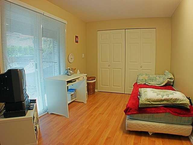 Photo 6: Photos: 22315 SHARPE Avenue in Richmond: Hamilton RI House 1/2 Duplex for sale : MLS®# V843358