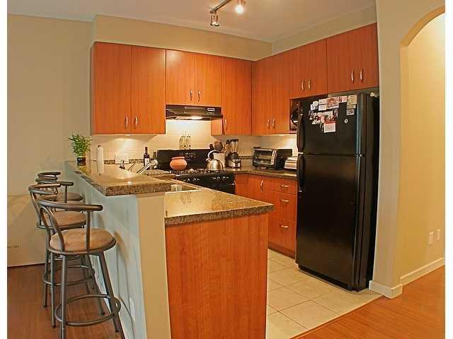 Photo 4: Photos: 22315 SHARPE Avenue in Richmond: Hamilton RI House 1/2 Duplex for sale : MLS®# V843358