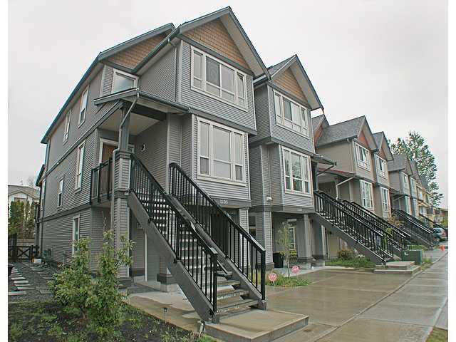 Photo 2: Photos: 22315 SHARPE Avenue in Richmond: Hamilton RI House 1/2 Duplex for sale : MLS®# V843358