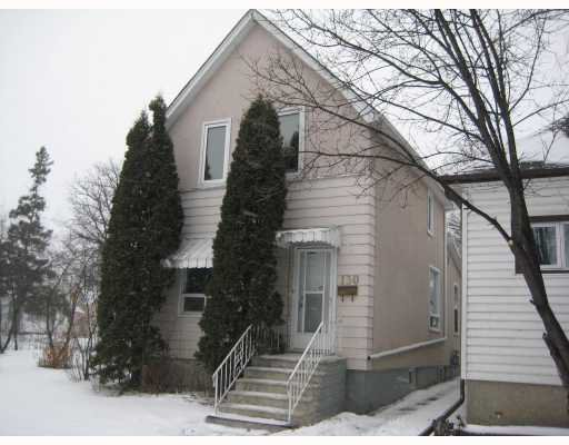 Main Photo: 130 LACY Street in WINNIPEG: East Kildonan Residential for sale (North East Winnipeg)  : MLS®# 2822351