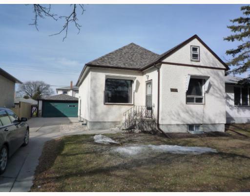 Main Photo: 995 TALBOT Avenue in WINNIPEG: East Kildonan Residential for sale (North East Winnipeg)  : MLS®# 2905847