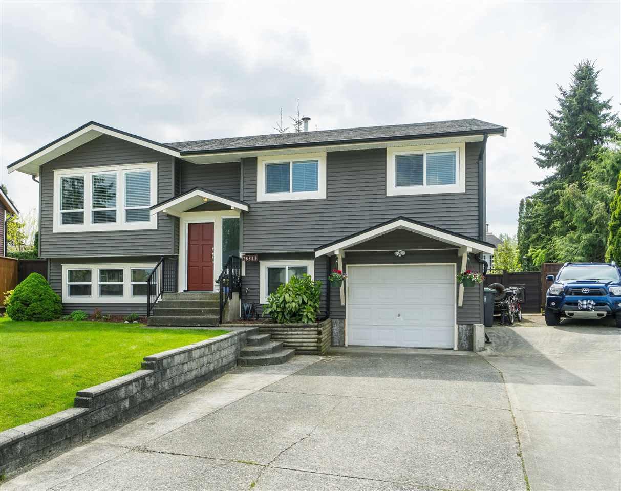 Main Photo: 26832 ALDER DRIVE in Langley: Aldergrove Langley House for sale : MLS®# R2380890