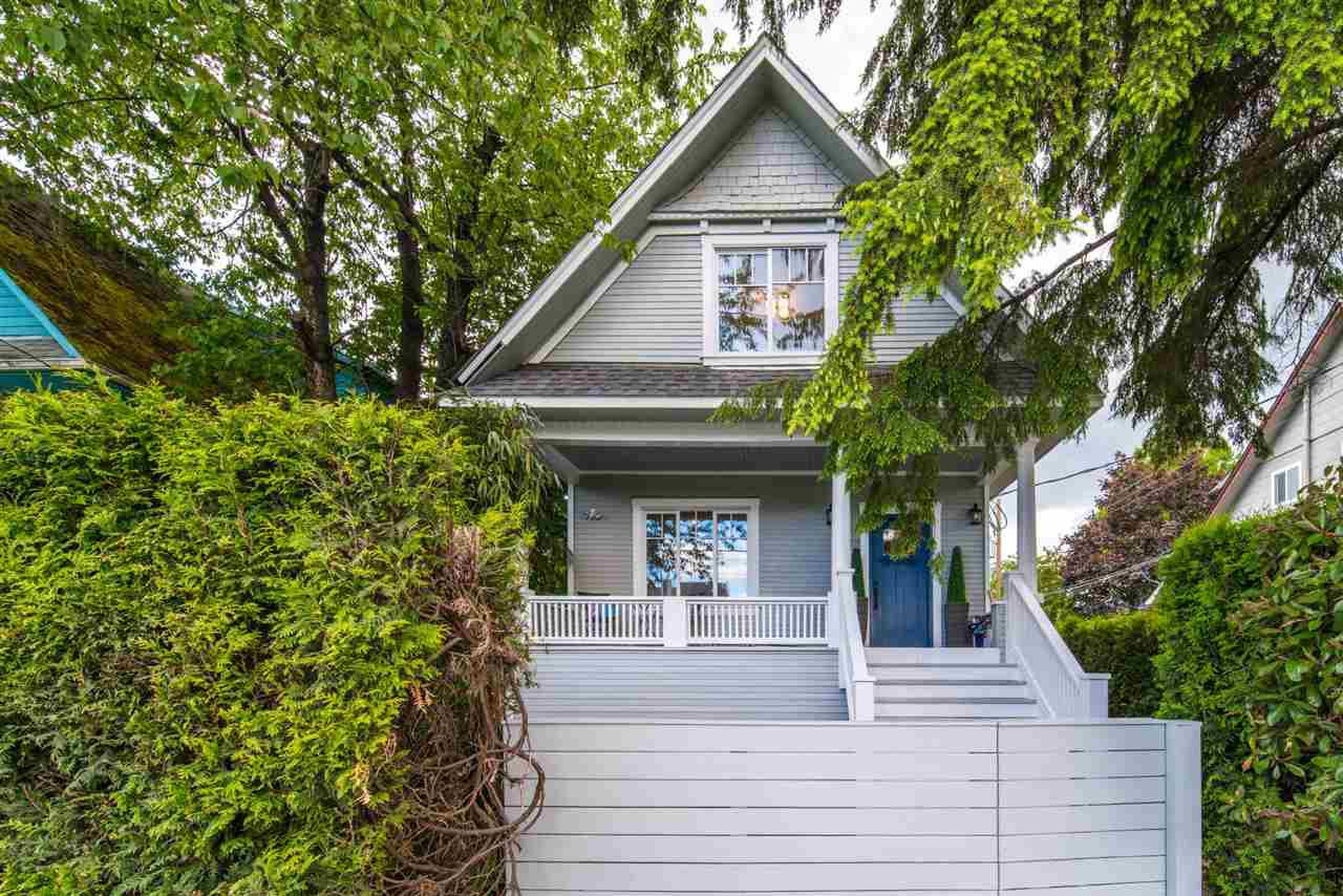 Main Photo: 2733 FRASER STREET in Vancouver: Mount Pleasant VE House for sale (Vancouver East)  : MLS®# R2413407