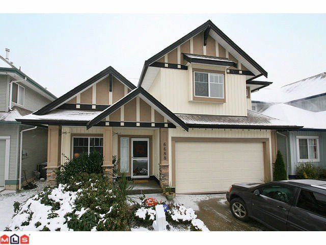 "Main Photo: 6688 182ND Street in Surrey: Cloverdale BC House for sale in ""VINEYARD ESTATES"" (Cloverdale)  : MLS®# F1027879"
