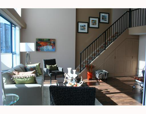 """Main Photo: 808 1238 SEYMOUR Street in Vancouver: Downtown VW Condo for sale in """"SPACE"""" (Vancouver West)  : MLS®# V735110"""