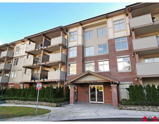 "Main Photo: 203 10088 148TH Street in Surrey: Guildford Condo for sale in ""BLOOMSBURY COURT"" (North Surrey)  : MLS®# F2901983"