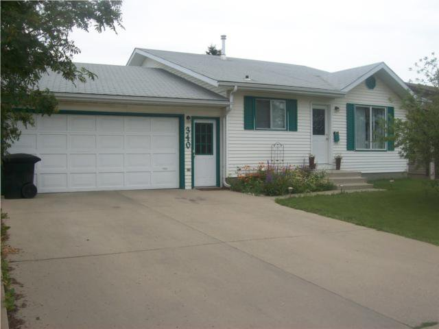 Main Photo: 340 Russell Road in Saskatoon: Single Family Dwelling for sale : MLS®# SK347781