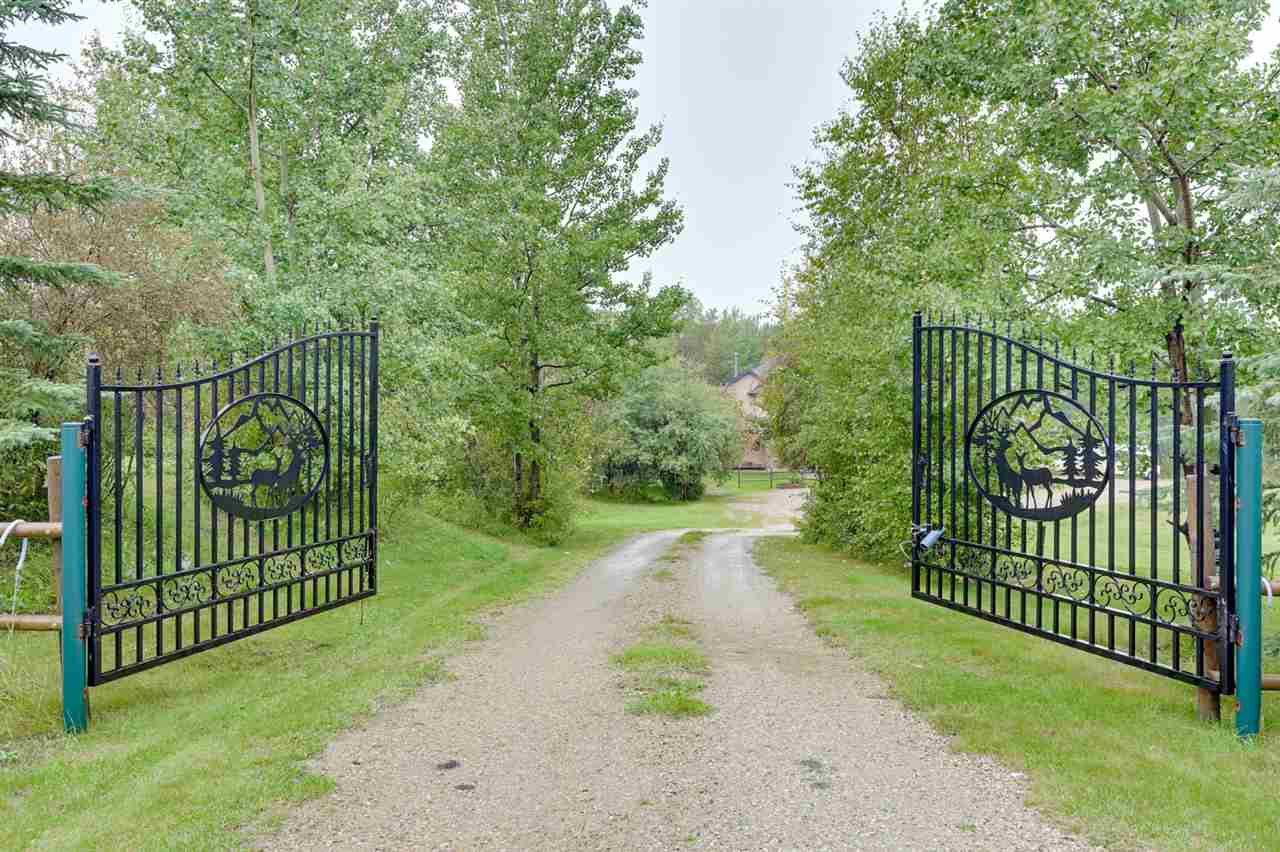 Main Photo: 117 54120 RGE RD 12: Rural Parkland County House for sale : MLS®# E4173484