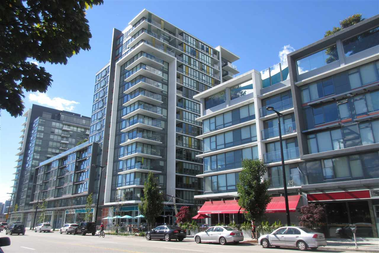 Main Photo: 1505 159 W 2ND AVENUE in Vancouver: False Creek Condo for sale (Vancouver West)  : MLS®# R2406862