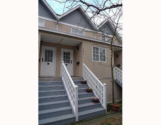 Photo 1: Photos: 161 E 4TH Street in North Vancouver: Lower Lonsdale Townhouse for sale : MLS®# V807223