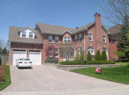 Main Photo: 8 Wrenwood: Freehold for sale