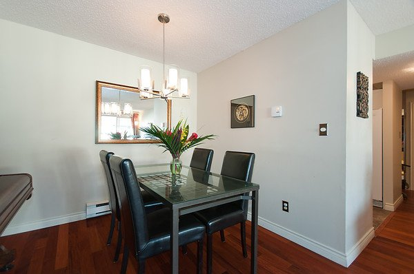 Photo 16: Photos: 2419 W 1ST Avenue in Vancouver: Kitsilano Townhouse for sale (Vancouver West)  : MLS®# V868161