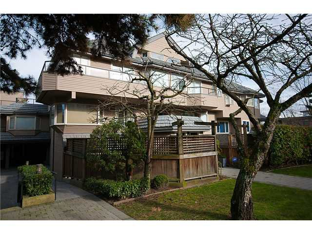 Photo 28: Photos: 2419 W 1ST Avenue in Vancouver: Kitsilano Townhouse for sale (Vancouver West)  : MLS®# V868161