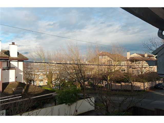 Photo 31: Photos: 2419 W 1ST Avenue in Vancouver: Kitsilano Townhouse for sale (Vancouver West)  : MLS®# V868161
