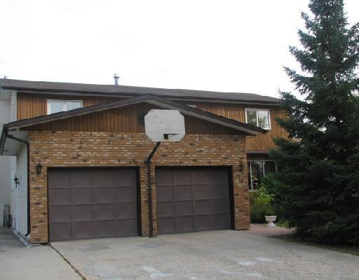 Main Photo: 72 ALLENDALE Drive in WINNIPEG: Fort Garry / Whyte Ridge / St Norbert Residential for sale (South Winnipeg)  : MLS®# 2819125