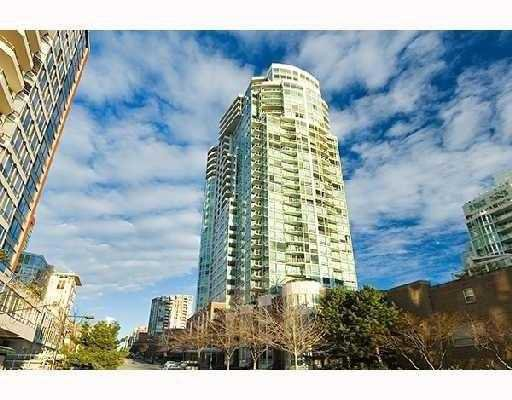 """Main Photo: 1508 1500 HORNBY Street in Vancouver: False Creek North Condo for sale in """"888 BEACH"""" (Vancouver West)  : MLS®# V771057"""