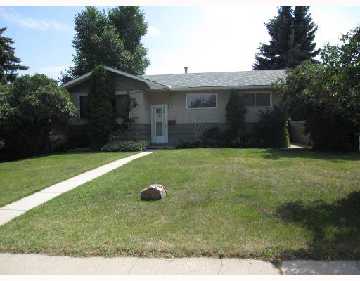 Main Photo: 4615 FORTUNE Road SE in CALGARY: Forest Heights Residential Detached Single Family for sale (Calgary)  : MLS®# C3389259