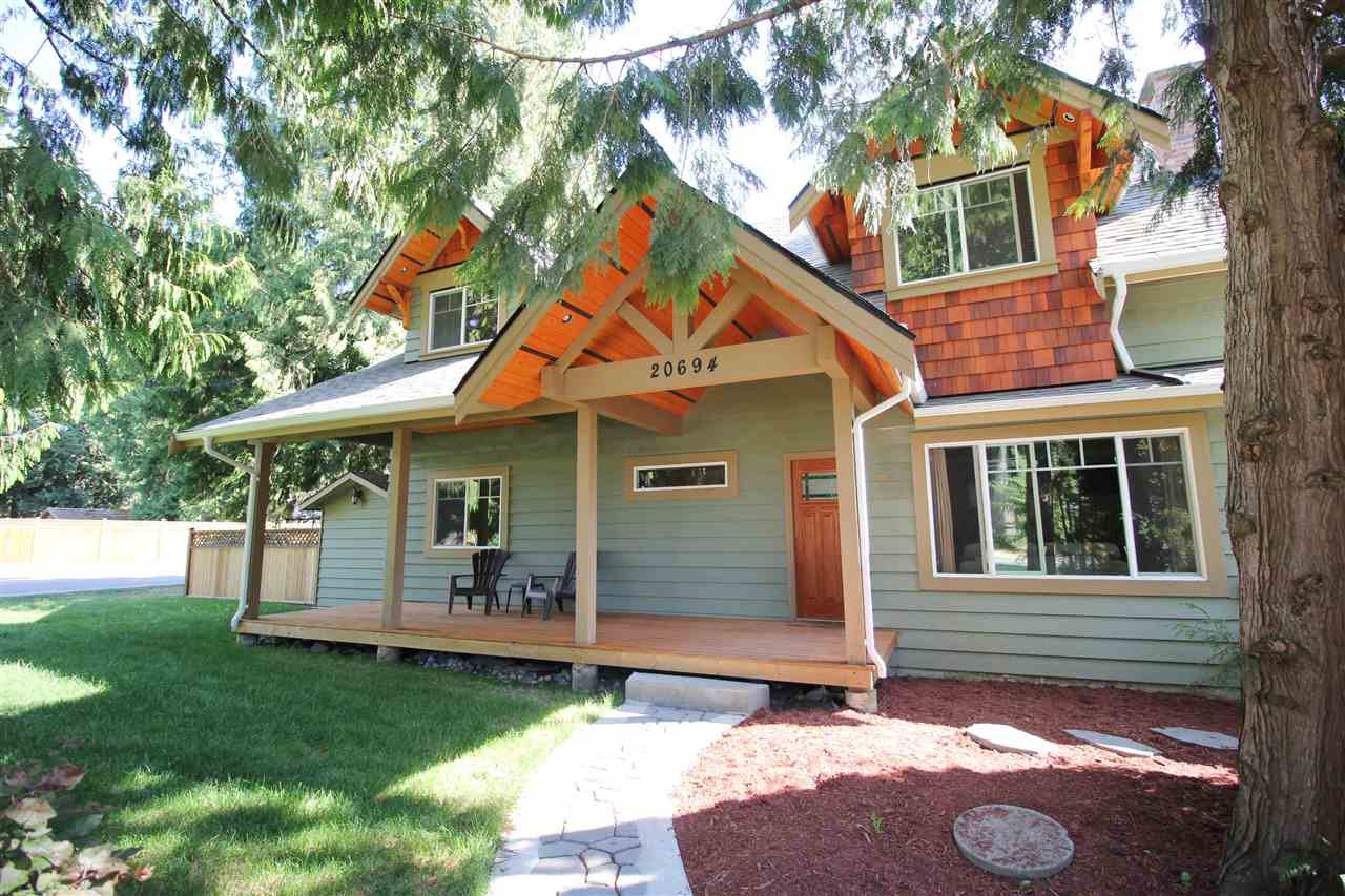 """Main Photo: 20694 39 Avenue in Langley: Brookswood Langley House for sale in """"Brookswood"""" : MLS®# R2397565"""