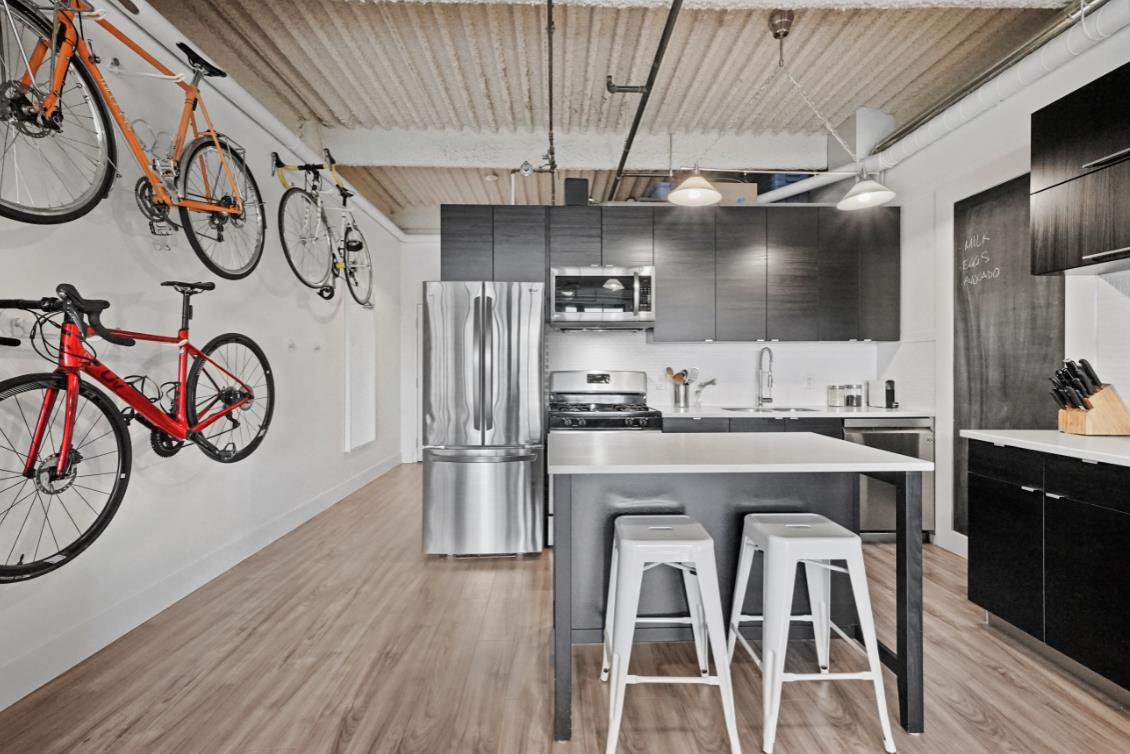 """Main Photo: 314 237 E 4TH Avenue in Vancouver: Mount Pleasant VE Condo for sale in """"ARTWORKS"""" (Vancouver East)  : MLS®# R2401549"""