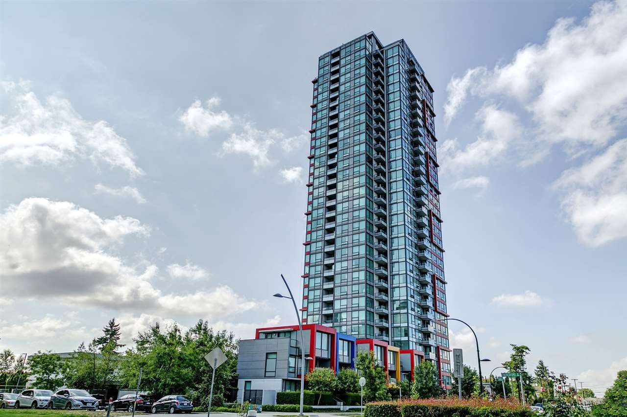 "Main Photo: 3002 6658 DOW Avenue in Burnaby: Metrotown Condo for sale in ""Moda by Polygon"" (Burnaby South)  : MLS®# R2418659"