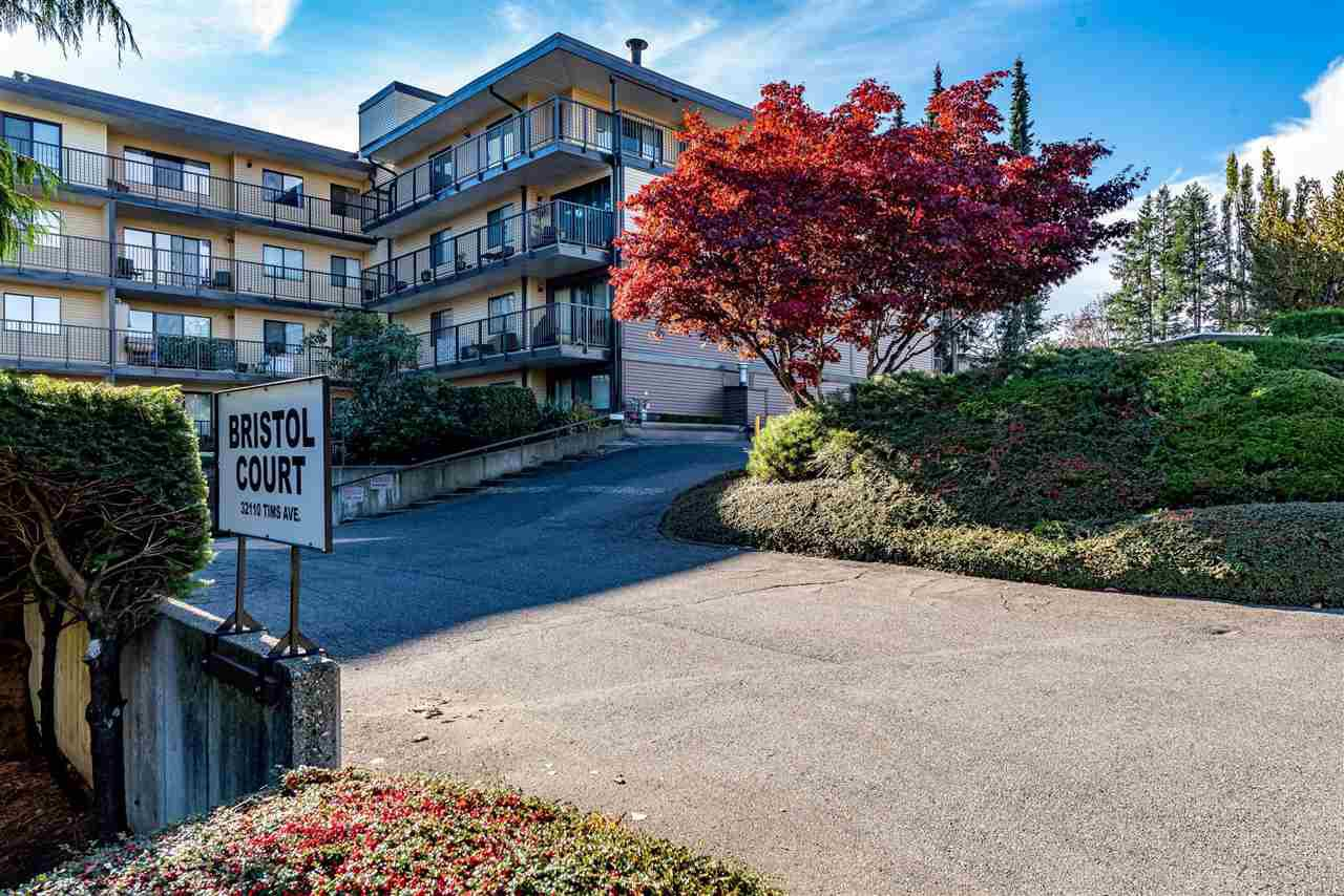 "Main Photo: 203 32110 TIMS Avenue in Abbotsford: Abbotsford West Condo for sale in ""Bristol Court"" : MLS®# R2514801"