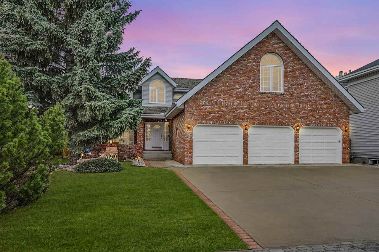 Main Photo: 790 WHEELER Road W in Edmonton: Zone 22 House for sale : MLS®# E4220331
