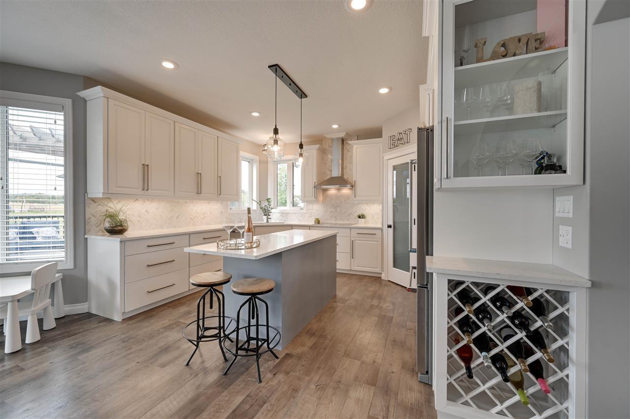 Main Photo: 21423 25 Avenue SW in Edmonton: Zone 57 House for sale : MLS®# E4173068