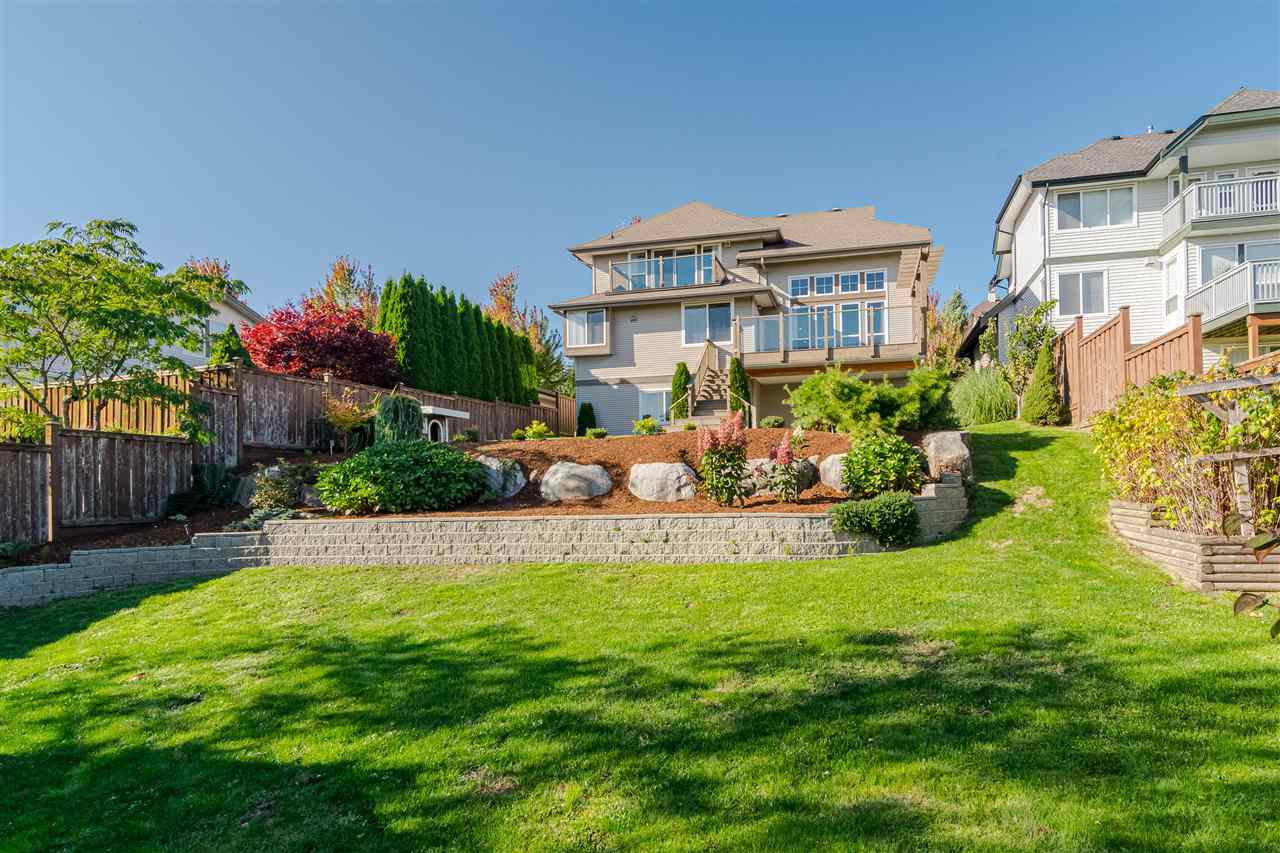 "Photo 4: Photos: 100 MAPLE Drive in Port Moody: Heritage Woods PM House for sale in ""AUGUST VIEW"" : MLS®# R2410143"