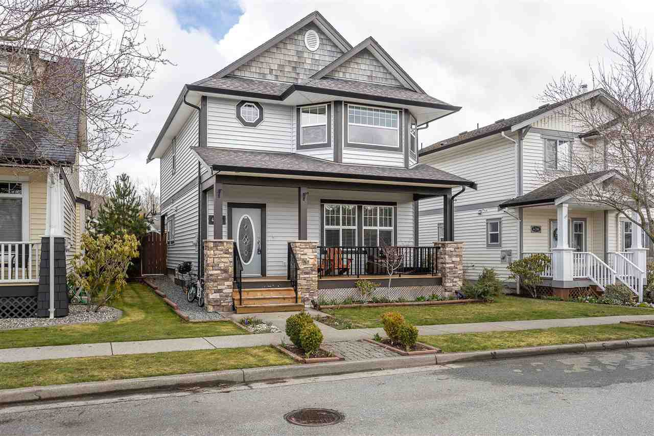 "Main Photo: 4324 CALLAGHAN Crescent in Abbotsford: Abbotsford East House for sale in ""Auguston"" : MLS®# R2447822"