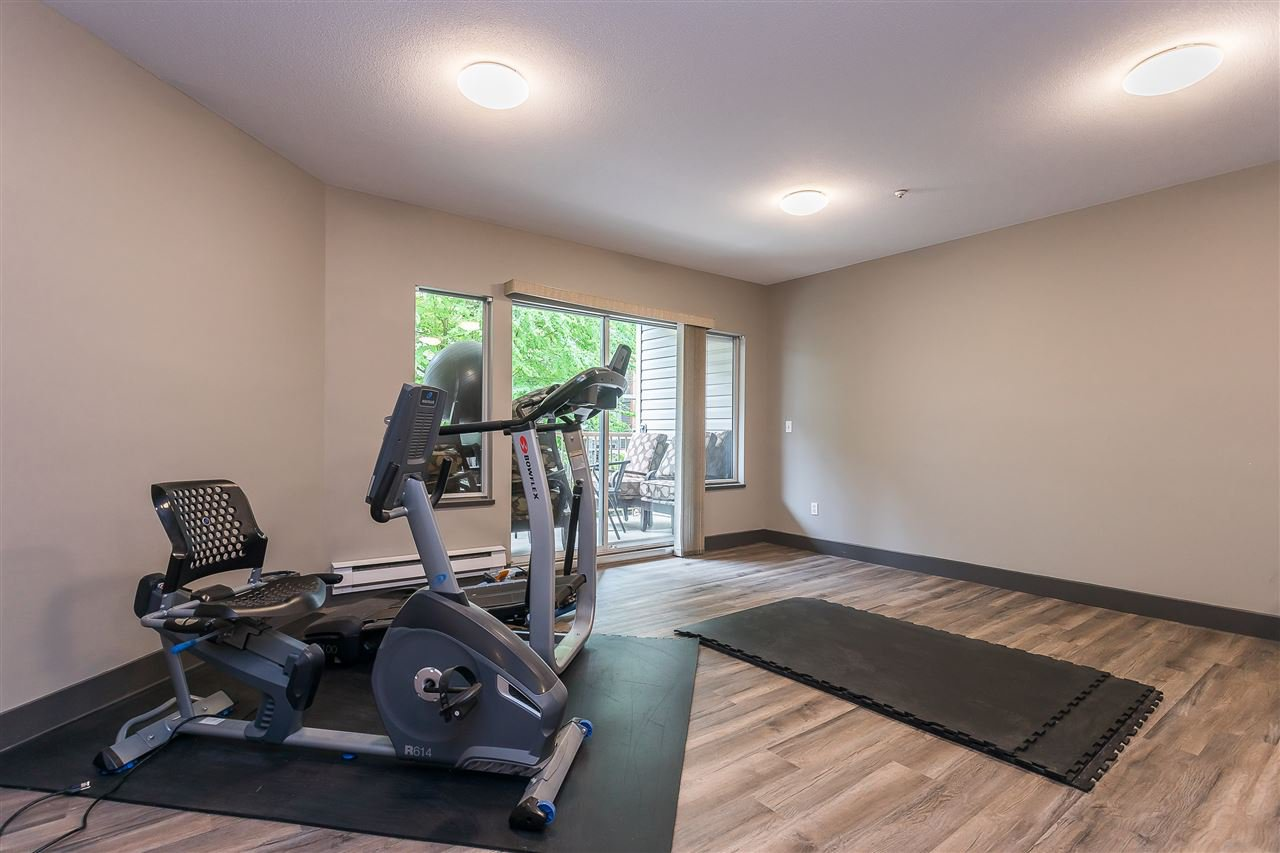 """Photo 19: Photos: 106 5489 201 Street in Langley: Langley City Condo for sale in """"CANIM COURT"""" : MLS®# R2491449"""