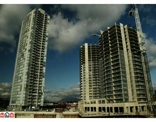 Main Photo: 2404 13618 100TH Avenue in Surrey: Whalley Condo for sale (North Surrey)  : MLS®# F1005075