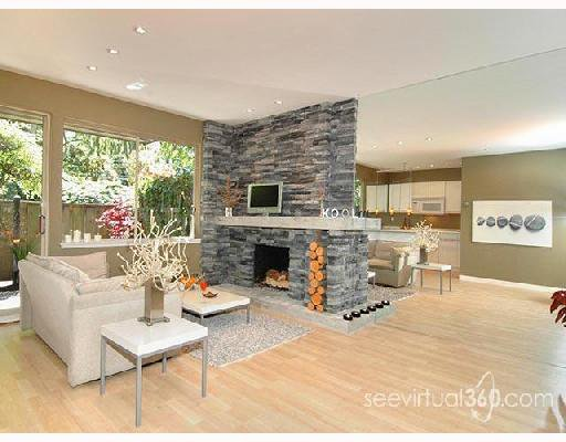 """Main Photo: 401 235 KEITH Road in West_Vancouver: Cedardale Condo for sale in """"SPURAWAY GARDENS"""" (West Vancouver)  : MLS®# V745651"""