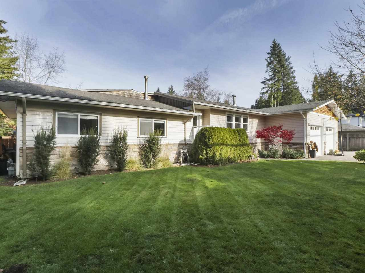 Main Photo: 19911 38 Avenue in Langley: Brookswood Langley House for sale : MLS®# R2418146