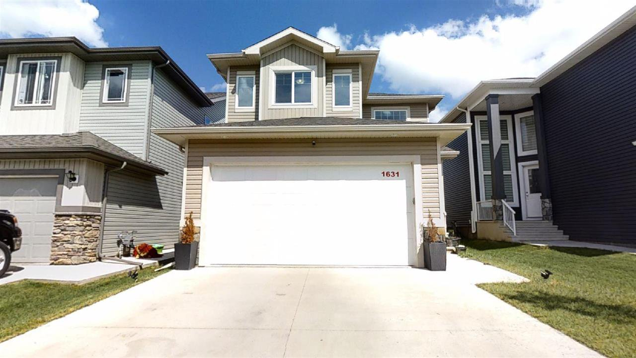 Main Photo: 1631 19 Street NW in Edmonton: Zone 30 House for sale : MLS®# E4204540
