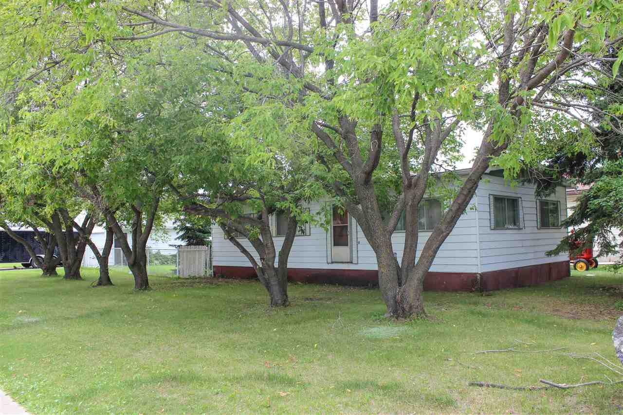 Main Photo: 5201 53 Avenue: Cold Lake Manufactured Home for sale : MLS®# E4207410