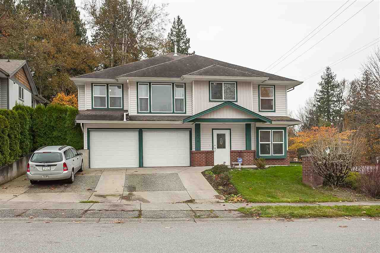 Main Photo: 35676 LEDGEVIEW Drive in Abbotsford: Abbotsford East House for sale : MLS®# R2415873