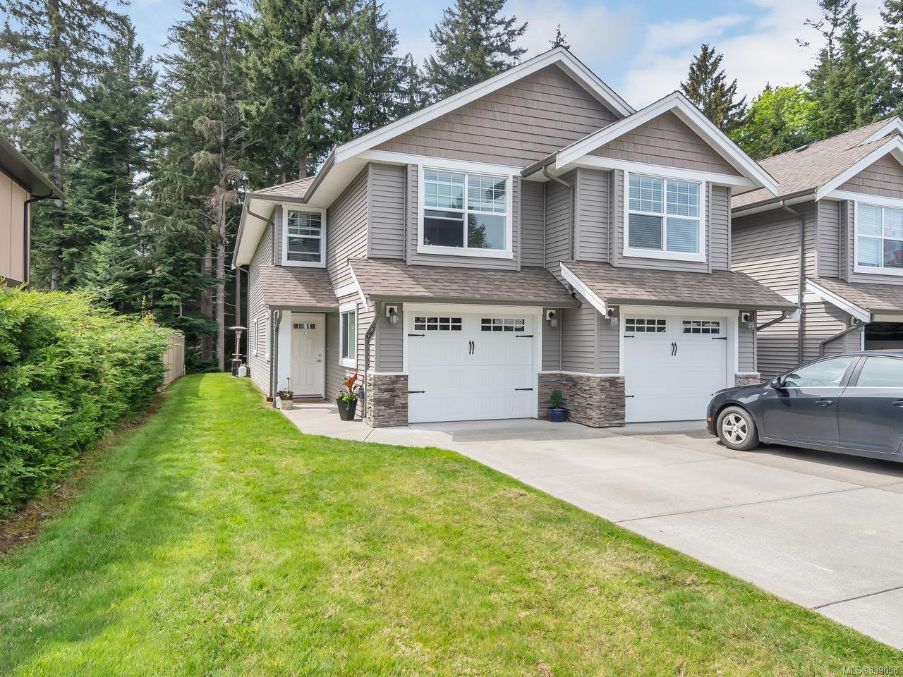 Main Photo: 8 1330 Creekside Way in CAMPBELL RIVER: CR Willow Point Row/Townhouse for sale (Campbell River)  : MLS®# 839058