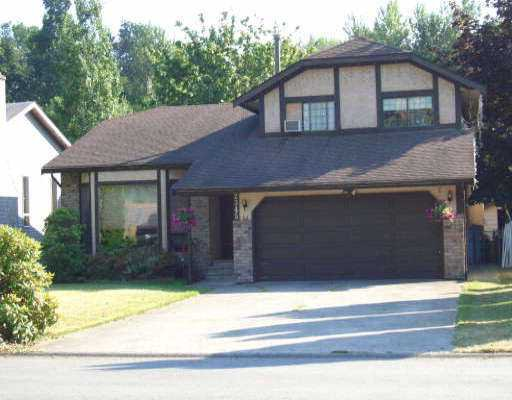 "Main Photo: 2345 CAMERON CR in Abbotsford: Abbotsford East House for sale in ""Glenview Estates"" : MLS®# F2615191"
