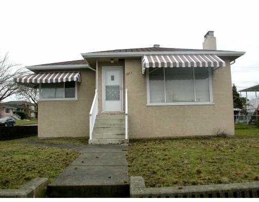 Main Photo: 1511 E 57TH Avenue in Vancouver: Fraserview VE House for sale (Vancouver East)  : MLS®# V750628