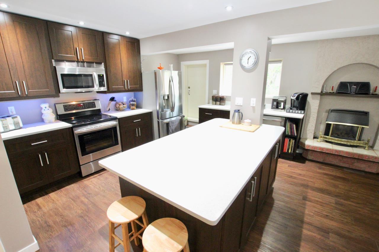 Main Photo: 17 GRANADA Place: St. Albert House Half Duplex for sale : MLS®# E4169517