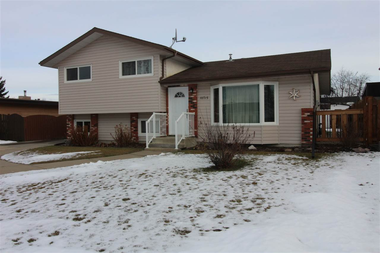 Main Photo: 10715 108 Avenue: Westlock House for sale : MLS®# E4180686