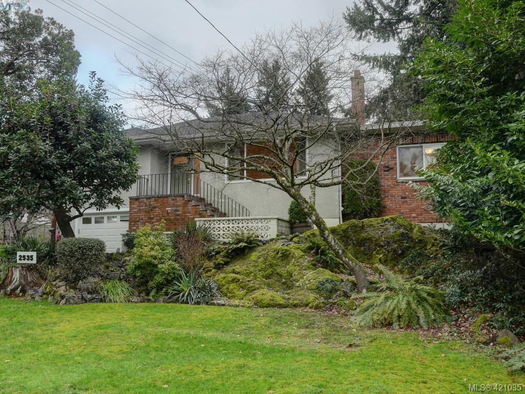 Main Photo: 2535 Wentwich Road in VICTORIA: La Mill Hill Single Family Detached for sale (Langford)  : MLS®# 421035